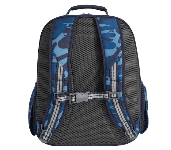Travel and Outdoors With Adjustable Batman, 15 Padded Back Straps Summer Camp 15 Marvel//Disney Character Backpacks For School