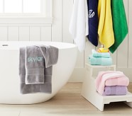 Potterybarn Classic Solid Kids Bath Towel