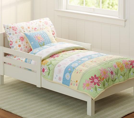 Green Daisy Garden Toddler Comforter, Daisy Garden Quilted Bedding Pottery Barn